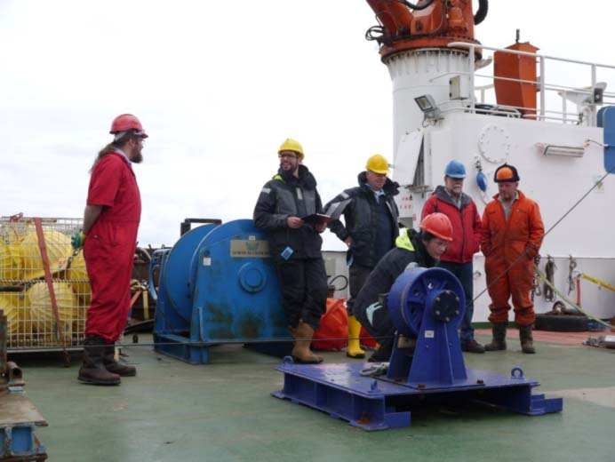 Part of the SAMS team (from left to right: myself, Stuart, Estelle, John) during recovery of one of the SAMS mooring, with Zlotan (a.k.a IT guru) and Mark (blue helmet)