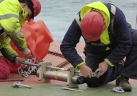 160801_attaching_a_currentmeter_to_a_mooring